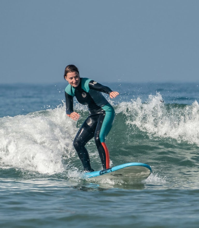 surf-lessons-surf-camp